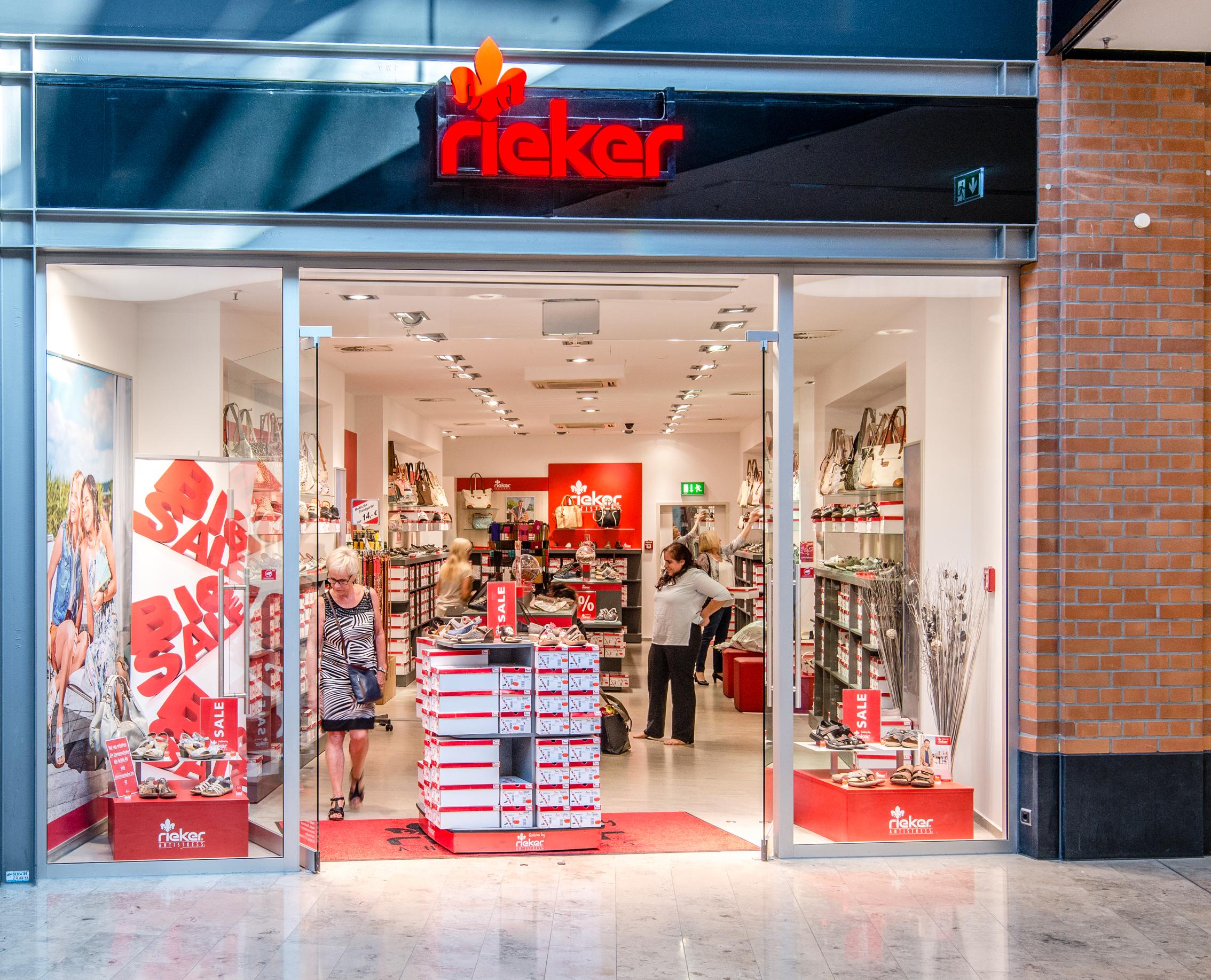 RIEKER Store, Schuhe in Dortmund, Westenhellweg VOGUE